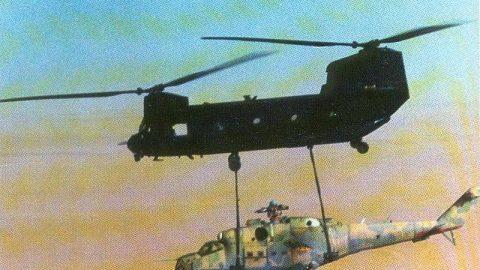 Cuando los Night Stalkers ayudaron a robar un helicóptero de ataque del desierto africano