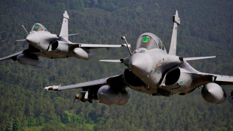 Francia lanza el Dassault Rafale F4