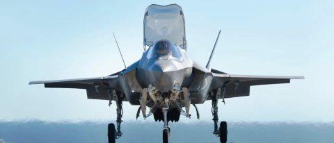 La primera versión  del F-35B ensamblada fuera de los Estados Unidos se presento en Italia