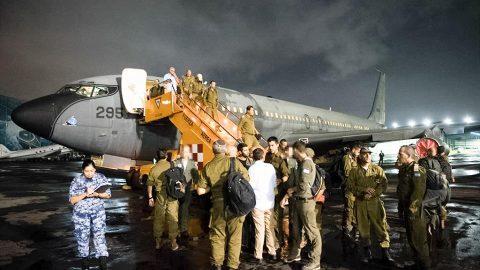 Aviones de varias naciones arriban a México para brindar ayuda tras sismo