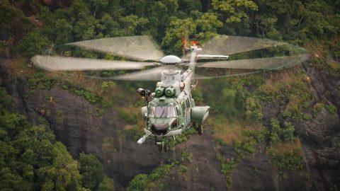 El helicoptero H225M completa 10 mil horas de vuelo en la Fuerza Aérea de Brasil