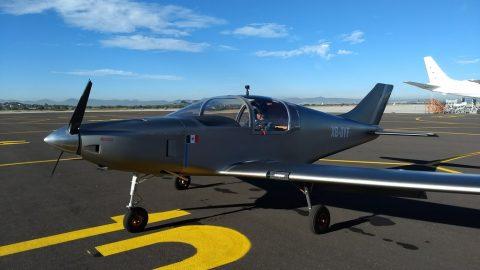 Un nuevo avión desarrollado en México; el Halcón H1