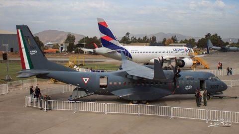 Participa México en FIDAE  con un  avión militar Airbus DS C-295W, promocionando FAMEX 19