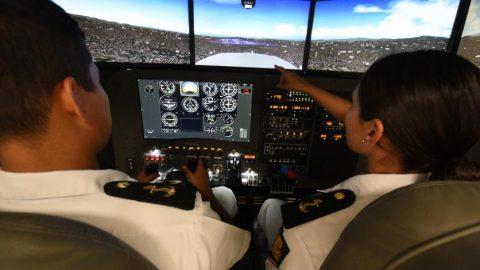 Mujeres mexicanas en la aviación y el espacio