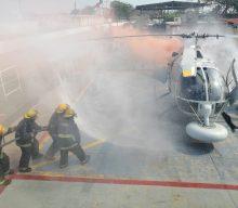La Secretaría de Marina-Armada de México, capacita a su personal en materia de control de averías y contraincendio